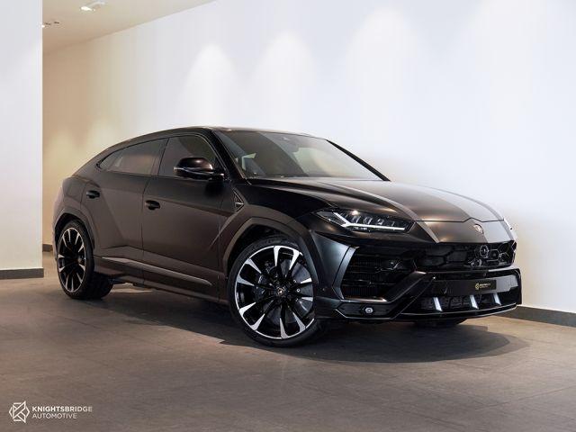 Perfect Condition 2020 Lamborghini Urus at Knightsbridge Automotive