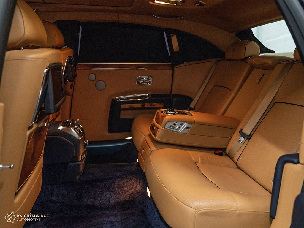 2014 Rolls-Royce Ghost at Knightsbridge Automotive - (10059 - 7)