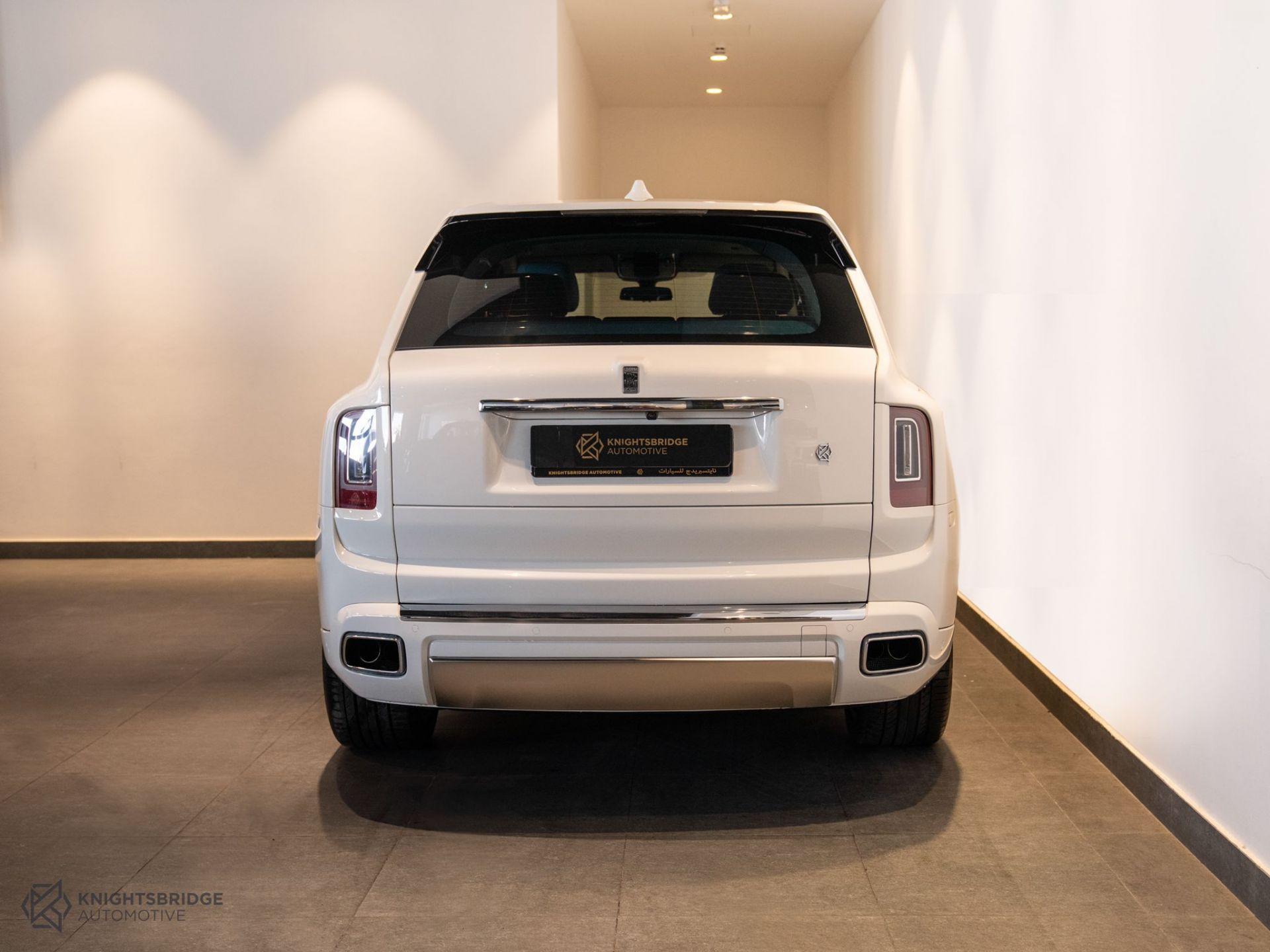2021 Rolls-Royce Cullinan at Knightsbridge Automotive - (10061 - 5)