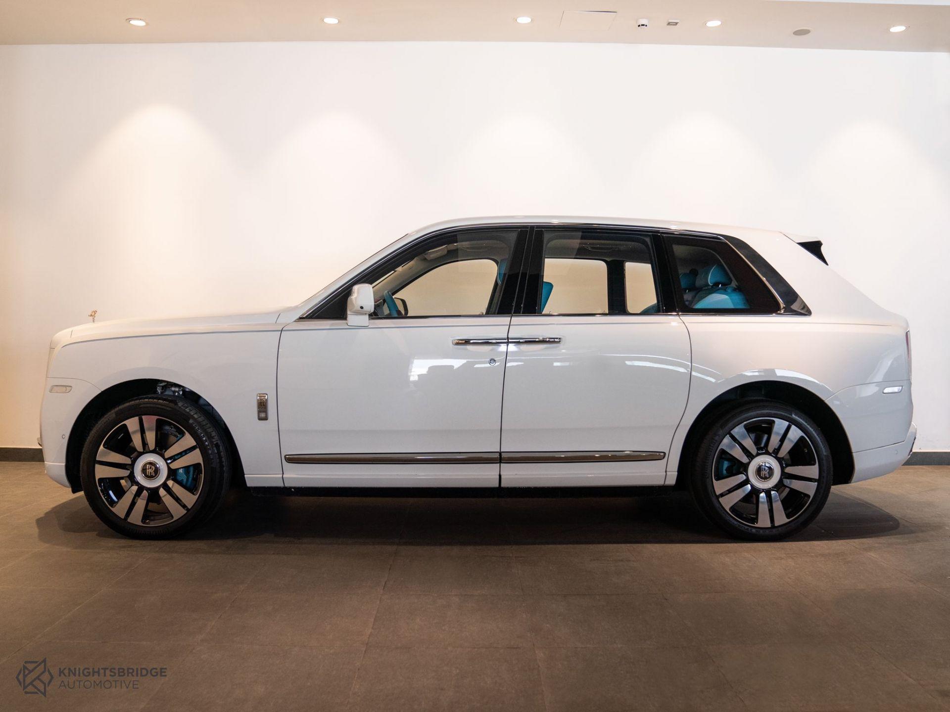 2021 Rolls-Royce Cullinan at Knightsbridge Automotive - (10061 - 3)