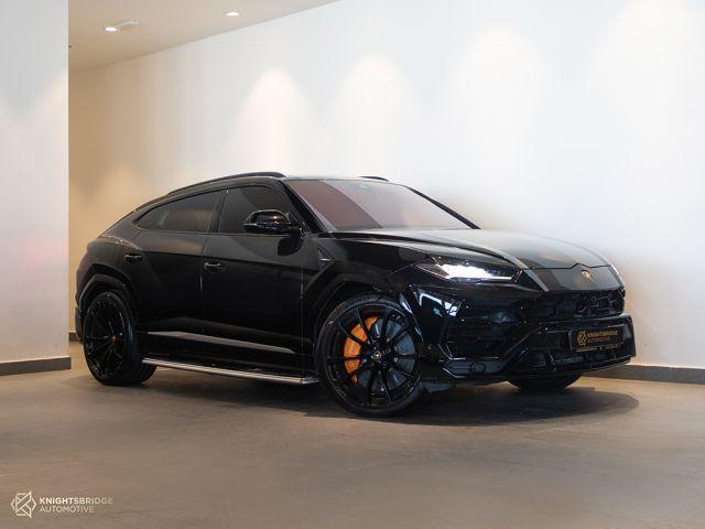 Perfect Condition 2019 Lamborghini Urus at Knightsbridge Automotive